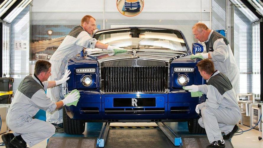 Rolls-Royce Drophead rain soaked interior could cost $100K [video]