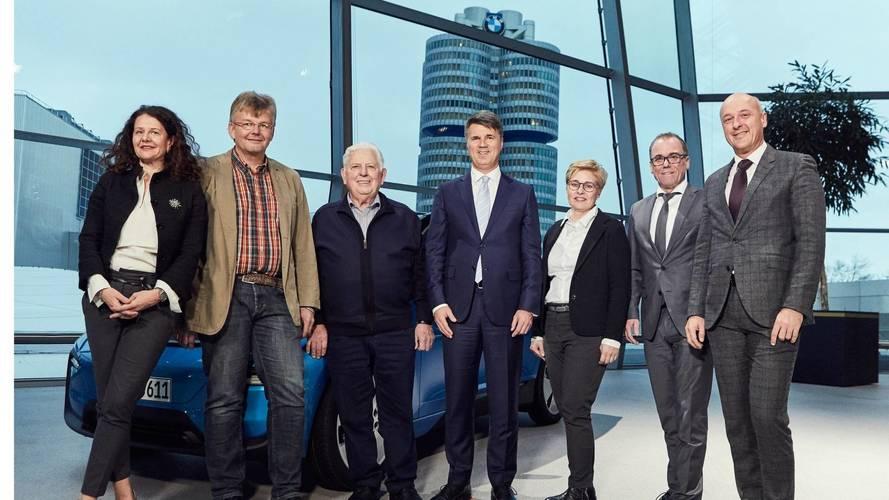 100.000 coches electrificados de BMW