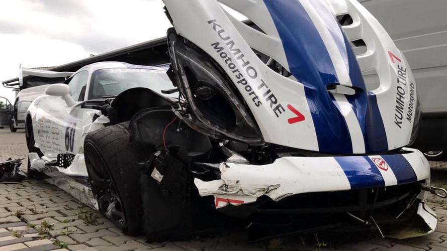Dodge Viper ACR'ın Nürburgring macerası kaza ile sonlandı