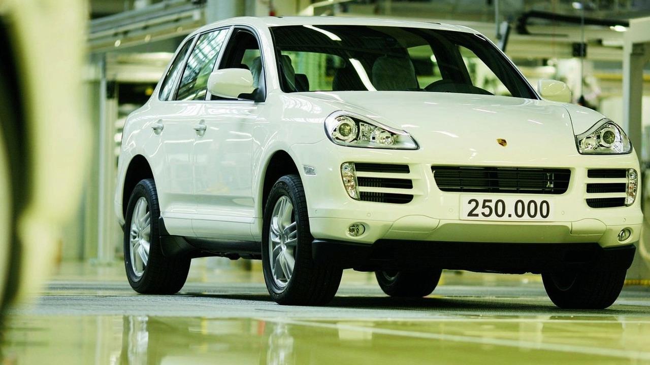250,000th Porsche Cayenne Diesel model rolls off production line