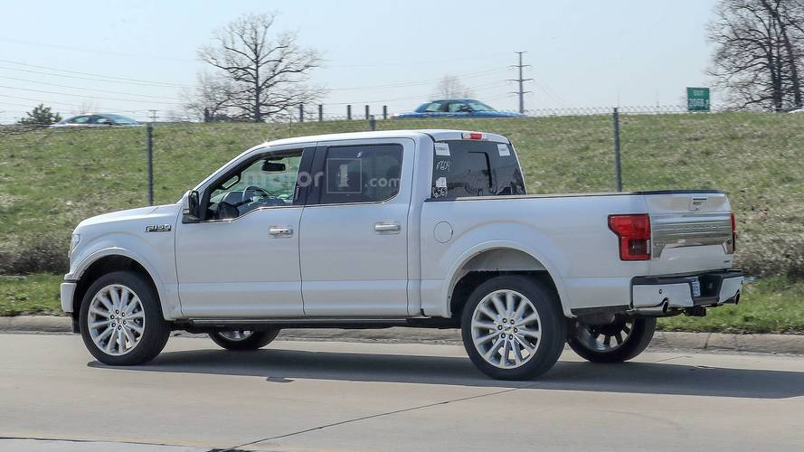 2019 Ford F-150 Limited Spied With New Rear Bumper, Dual Exhaust