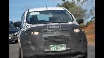 Flagra: Novo Ecosport já roda com menos camuflagem na região de Camaçari - Bahia