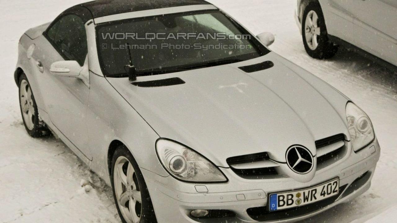 Mercedes-Benz SLK panoramic
