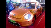 Volkswagen Maggiolino, la copia cinese ha 5 porte ed è elettrica