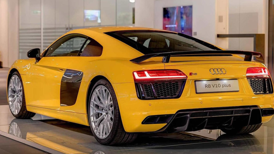 Audi R8 V10 Plus in Vegas Yellow looks sharp