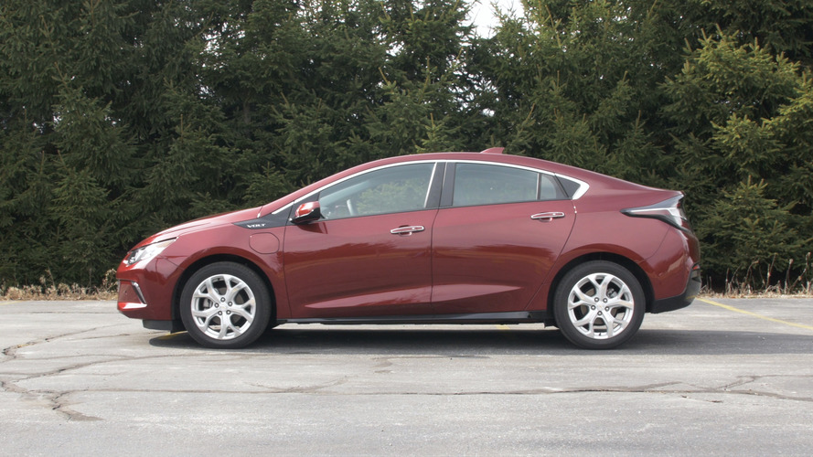 electric gm premier s hybrid amped up gets volt test drive review chevrolet