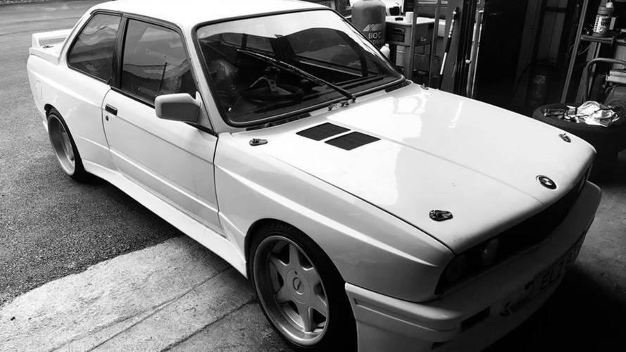 Honda S2000 motorlu satılık BMW E30'a bir göz atın