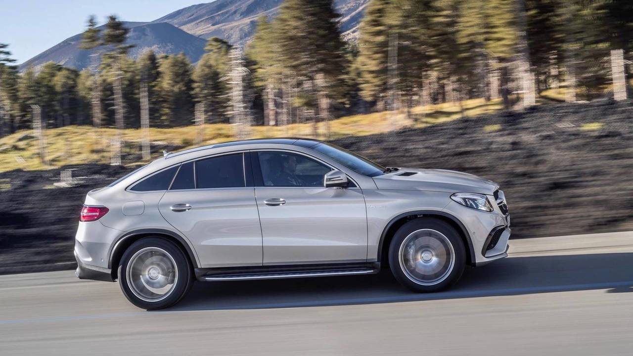 Top 10 Best Luxury Cars 2018 Media 9: Top 10 Fastest SUVs In The World
