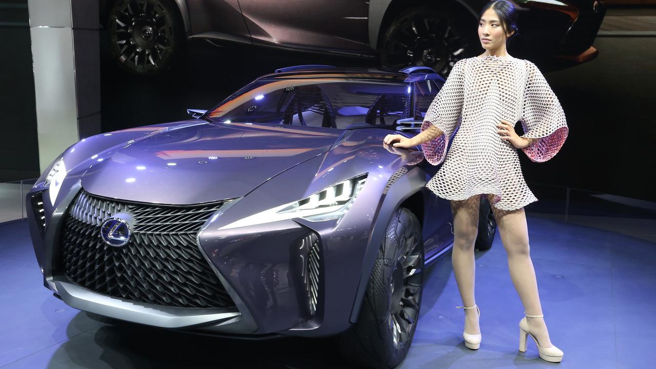 Lexus UX Concept Paris Motor Show