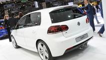 Volkswagen Study Golf R live in Geneva - 01.03.2011