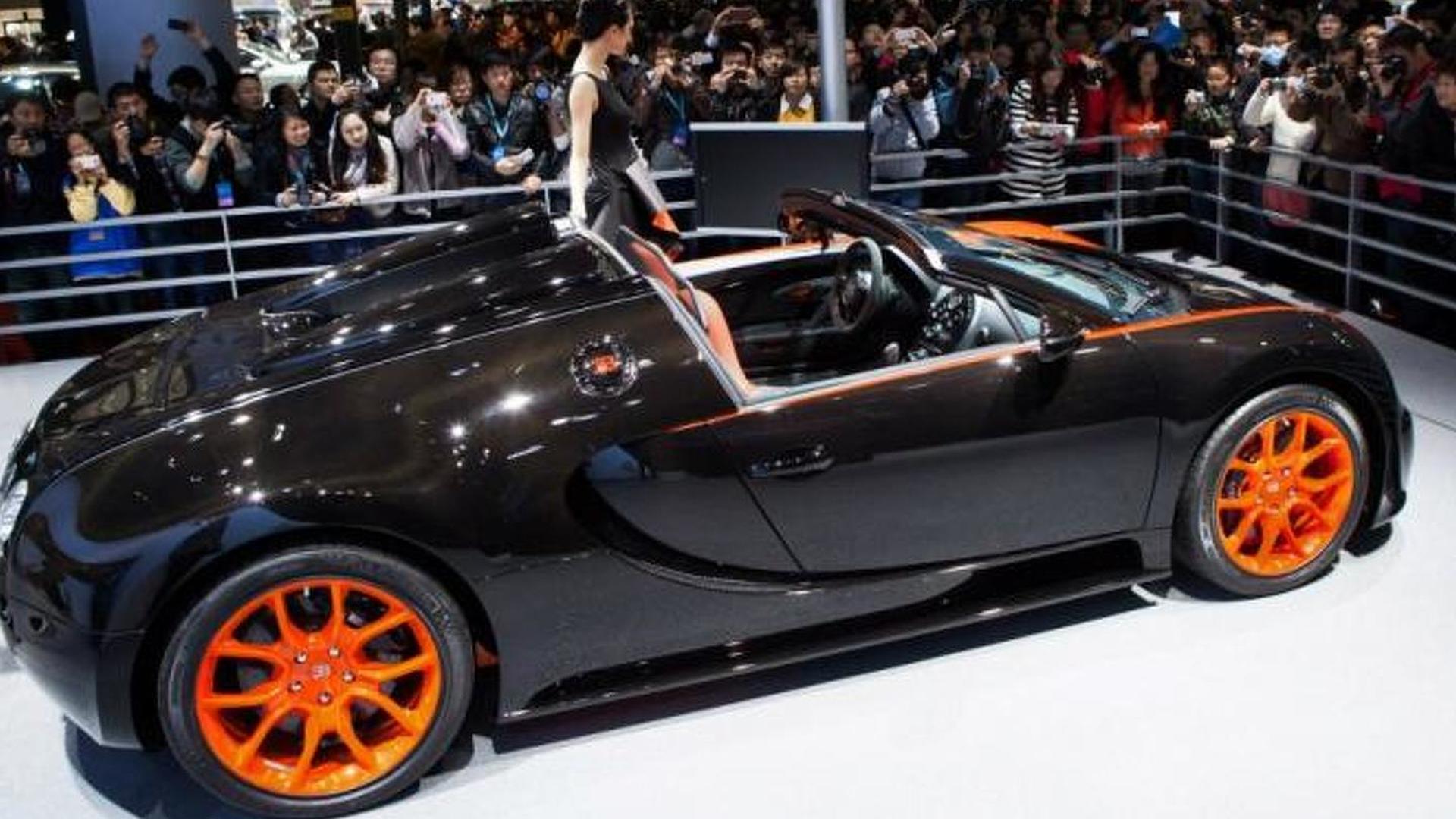 2013-380180-bugatti-veyron-grand-sport-vitesse-world-record-car-edition-at-2013-auto-shang1 Inspiring Bugatti Veyron Grand Sport Vitesse Wrc Cars Trend