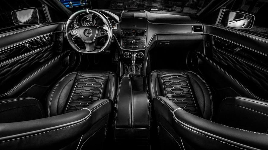 Mercedes C63 AMG'nin içi Carlex Design için yeterince güzel değil