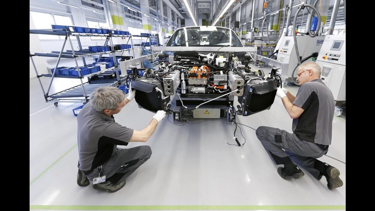 Porsche vai pagar bônus equivalente a R$ 26,8 mil para cada funcionário