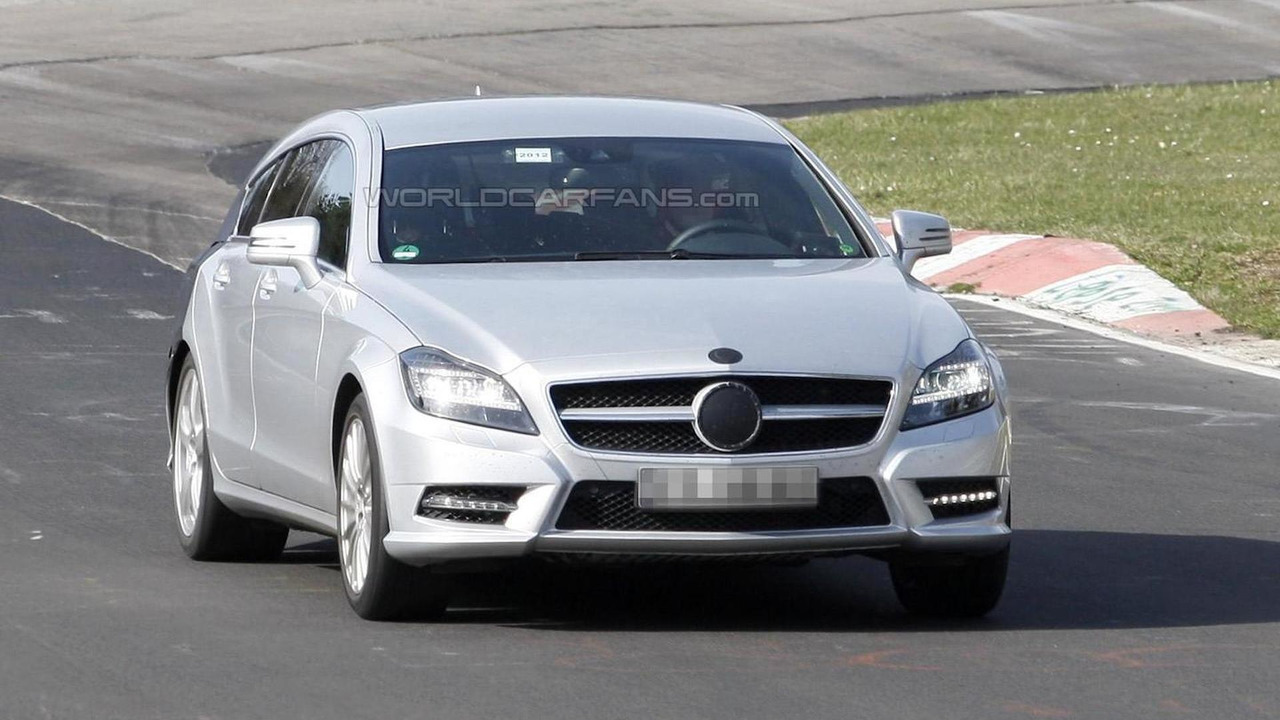 Mercedes CLS Shooting Brake prototype spied on Nurburgring