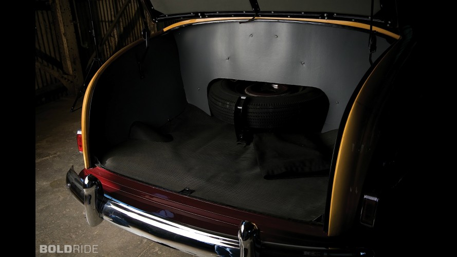 Oldsmobile Model R Curved Dash Runabout