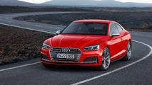 Audi S5 Coupé rojo