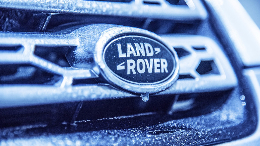 Land Rover Discovery Sport Christmas cabin