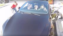 19 people stuffed into Tesla Model S