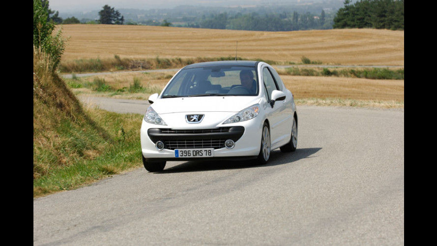 Peugeot 207 Féline: 1.6 Turbo da 150 cv