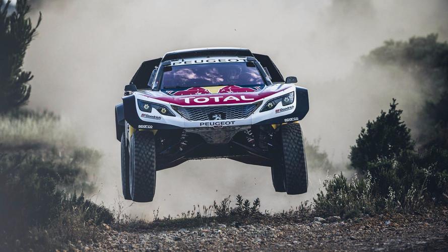 Peugeot presenta el más ancho 3008DKR Maxi para el Dakar 2018
