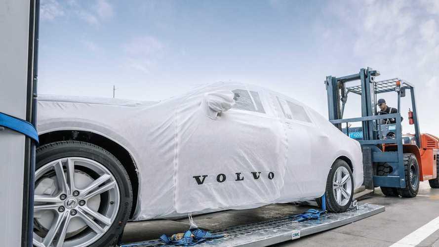 Çin'de üretilen ilk Volvo S90 sedanlar Avrupa'ya geliyor