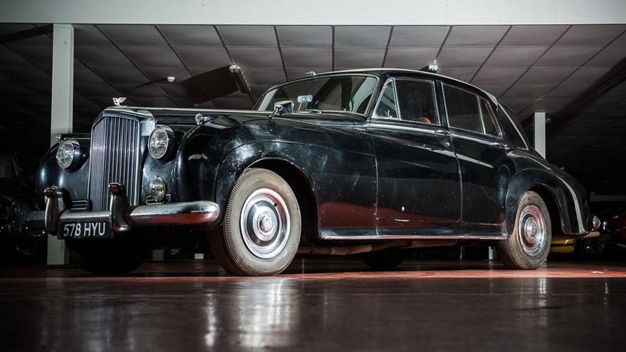 Sör Ray Davies 1960 Bentley S2'sini satıyor