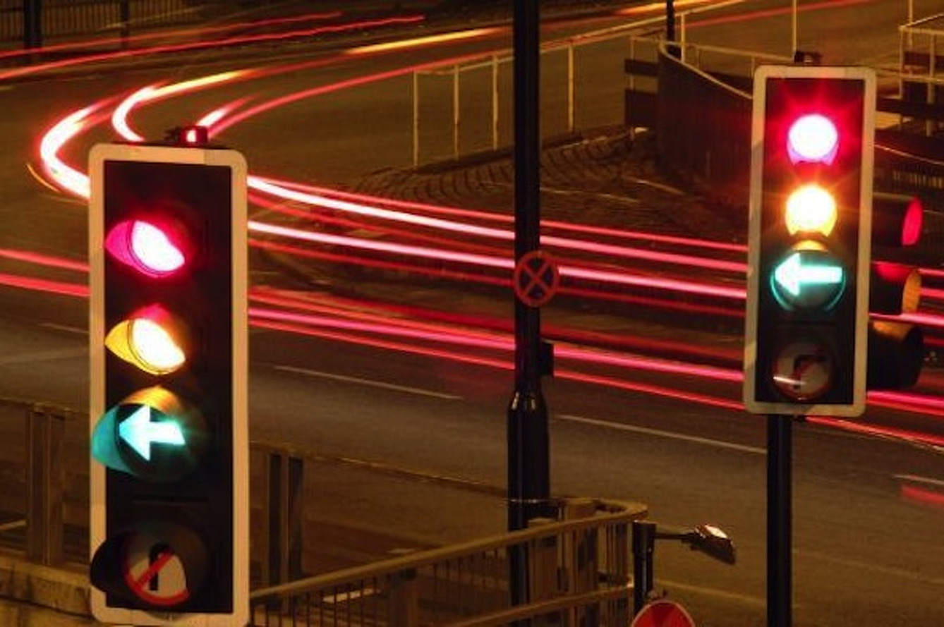 Why Are Traffic Lights Red, Green and Yellow?