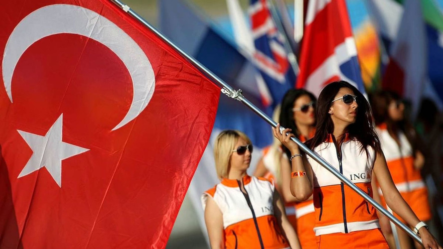 F1 to stay in Turkey - Ecclestone