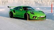 Porsche 911 GT3 RS Buz Üstünde
