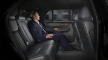 Cadillac DTS-L Revealed at LA Auto Show