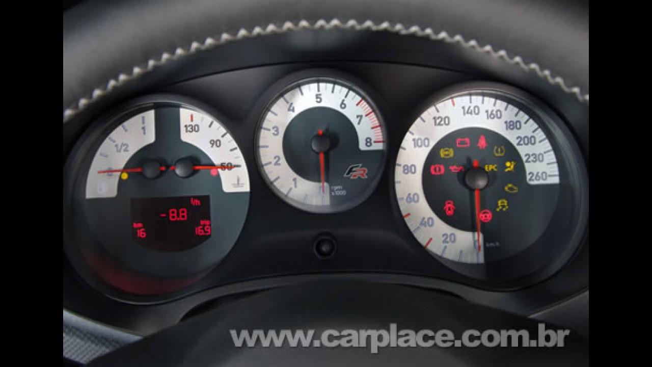 Seat Leon: Hatch médio esportivo espanhol pode chegar ao Brasil em 2009
