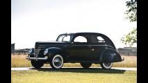 Ford Deluxe Eight Tudor Hardtop