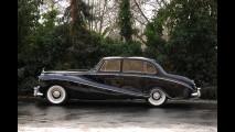 Rolls-Royce Silver Cloud Empress Saloon by Hooper