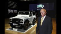 Land Rover Defender, il duemilionesimo esemplare all'asta