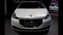 Peugeot 208 HYbrid FE al Salone di Francoforte 2013
