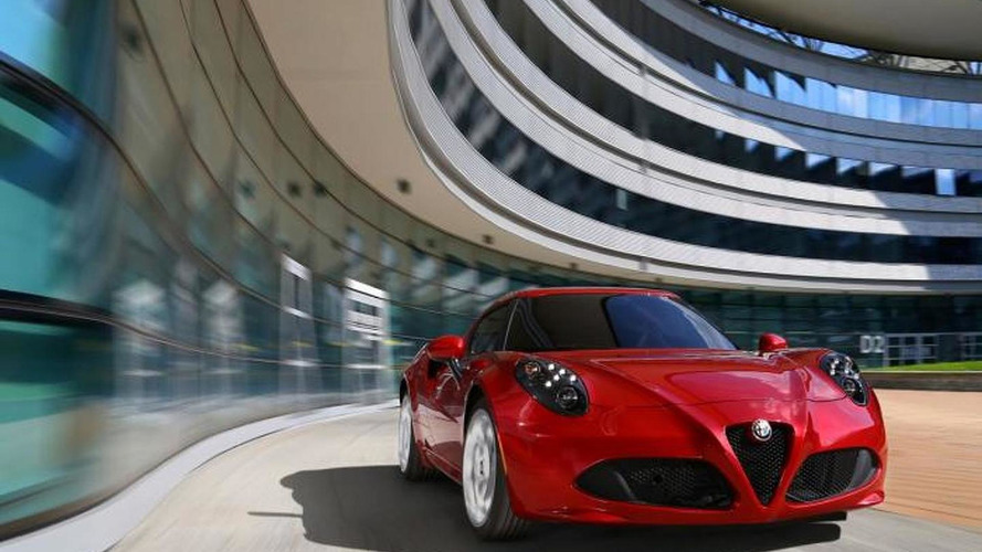 Chris Harris tests the Alfa Romeo 4C [video]