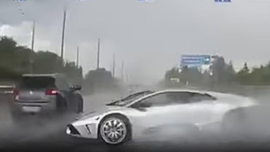 This Lamborghini crash looks fake but really happened