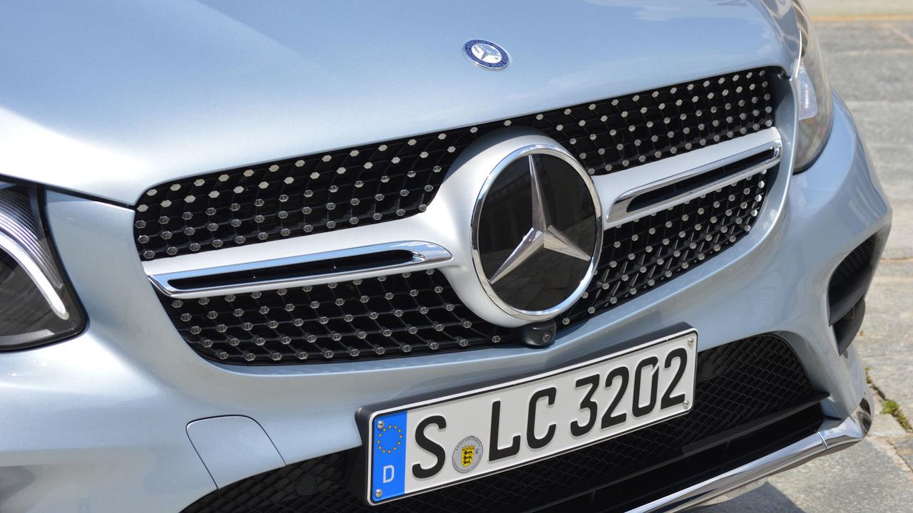 Build Your 2018 Glc 300 4matic Coupe Mercedes Benz Autos Post