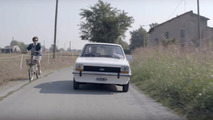 VIDÉO - Cette Ford Fiesta fait partie de la famille