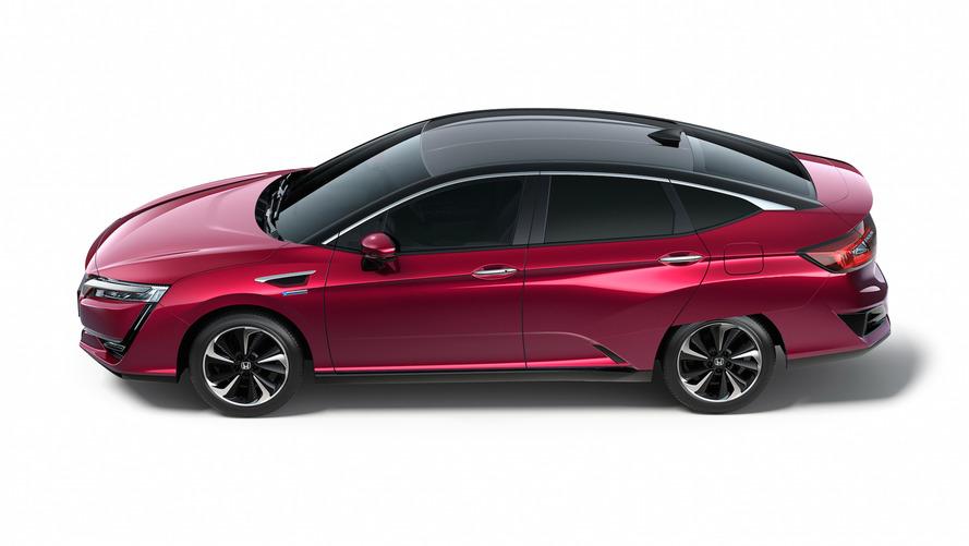 Honda Clarity EV'ye kısa menzil