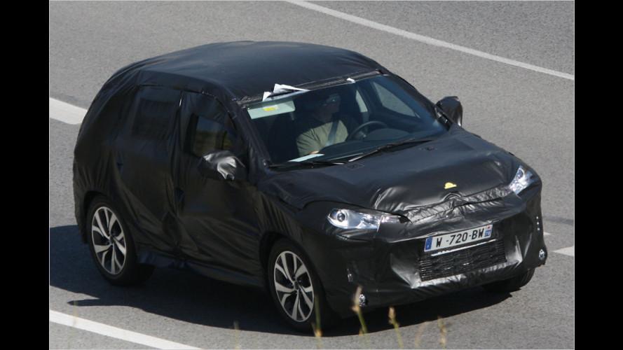 Erwischt: Kompakt-SUV von Citroën und Peugeot
