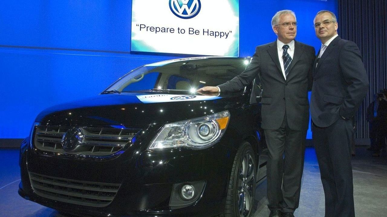 volkswagen of america managing it priorities Volkswagen of america: managing it priorities the cio was hearing a lot about a new prioritization process- a list of it projects that would be funded in 2004.