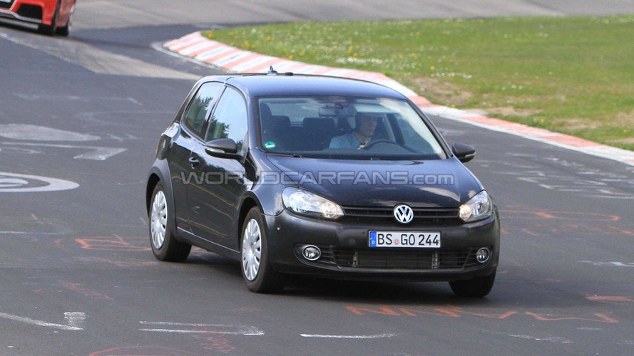 2013 Volkswagen Golf VII test mule spied at the Nurburgring