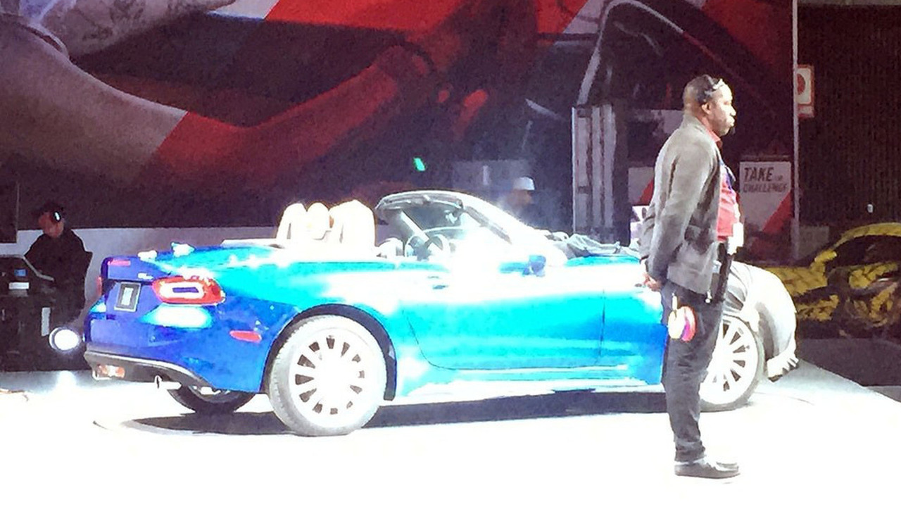 Fiat 124 Spider spy photo