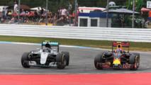 Red Bull pace is good news for F1, says Lowe