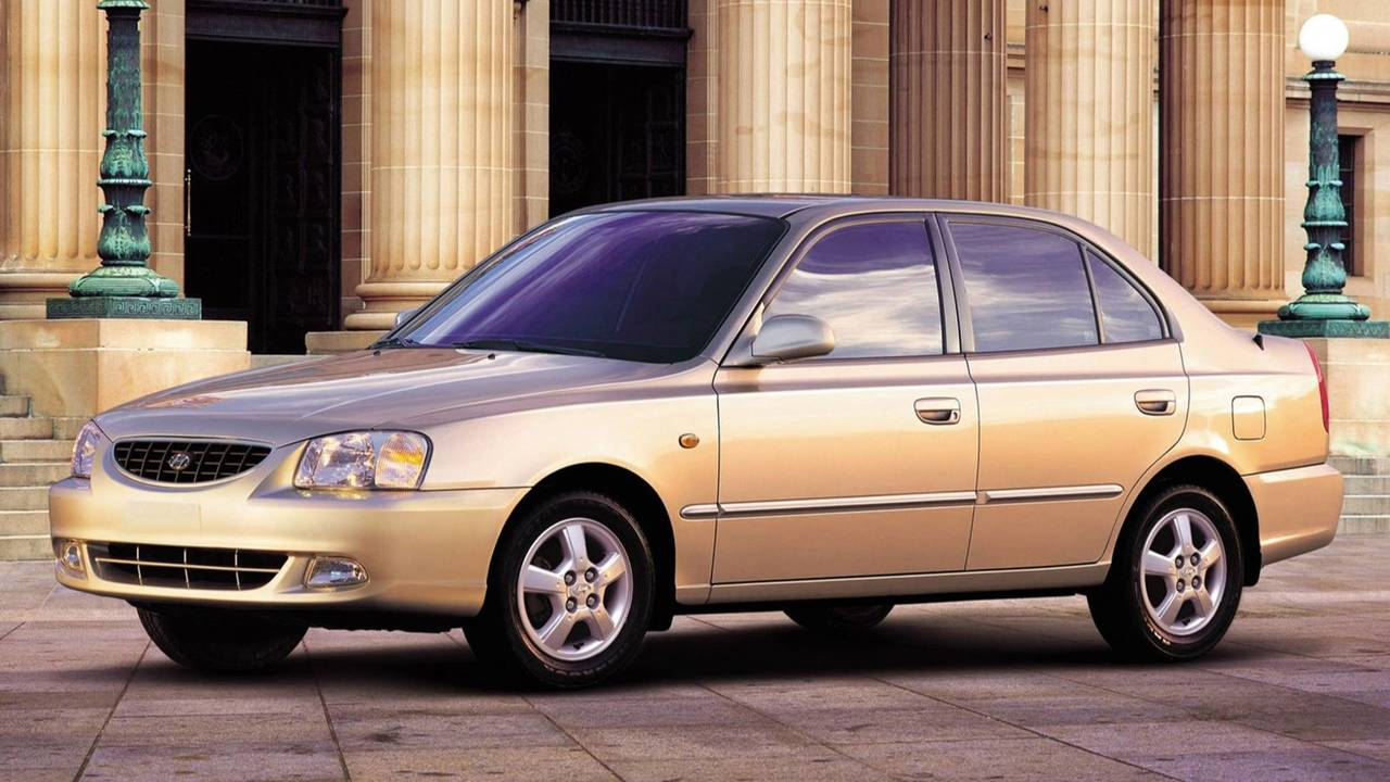2000-2003 Hyundai Accent Sedan