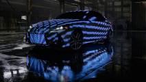 Una Lexus IS è l'auto più appariscente al mondo [VIDEO]