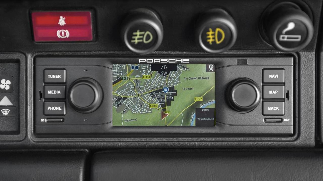 Porsche Classic Navigation Radio