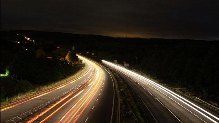 Tagli alla spesa: meno luce sulle strade per risparmiare