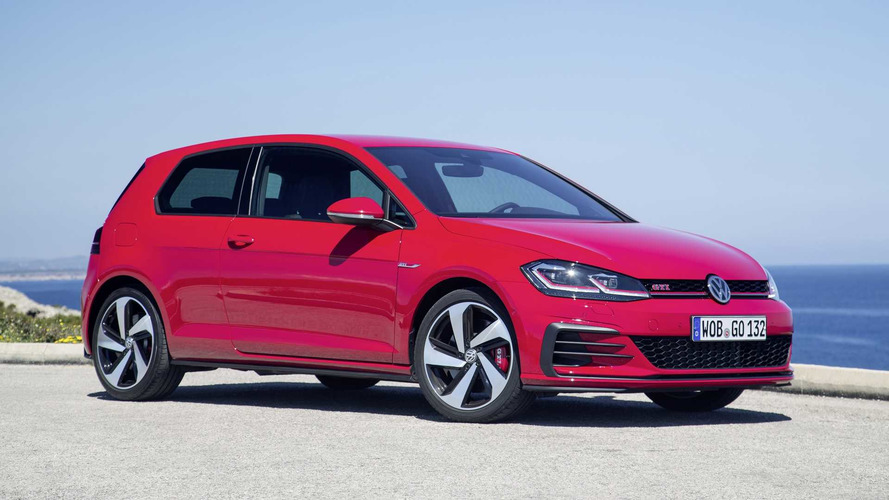 VW Golf GTI Performance With 242hp Arrives In UK